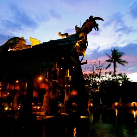 Tugu Lombok Dragon