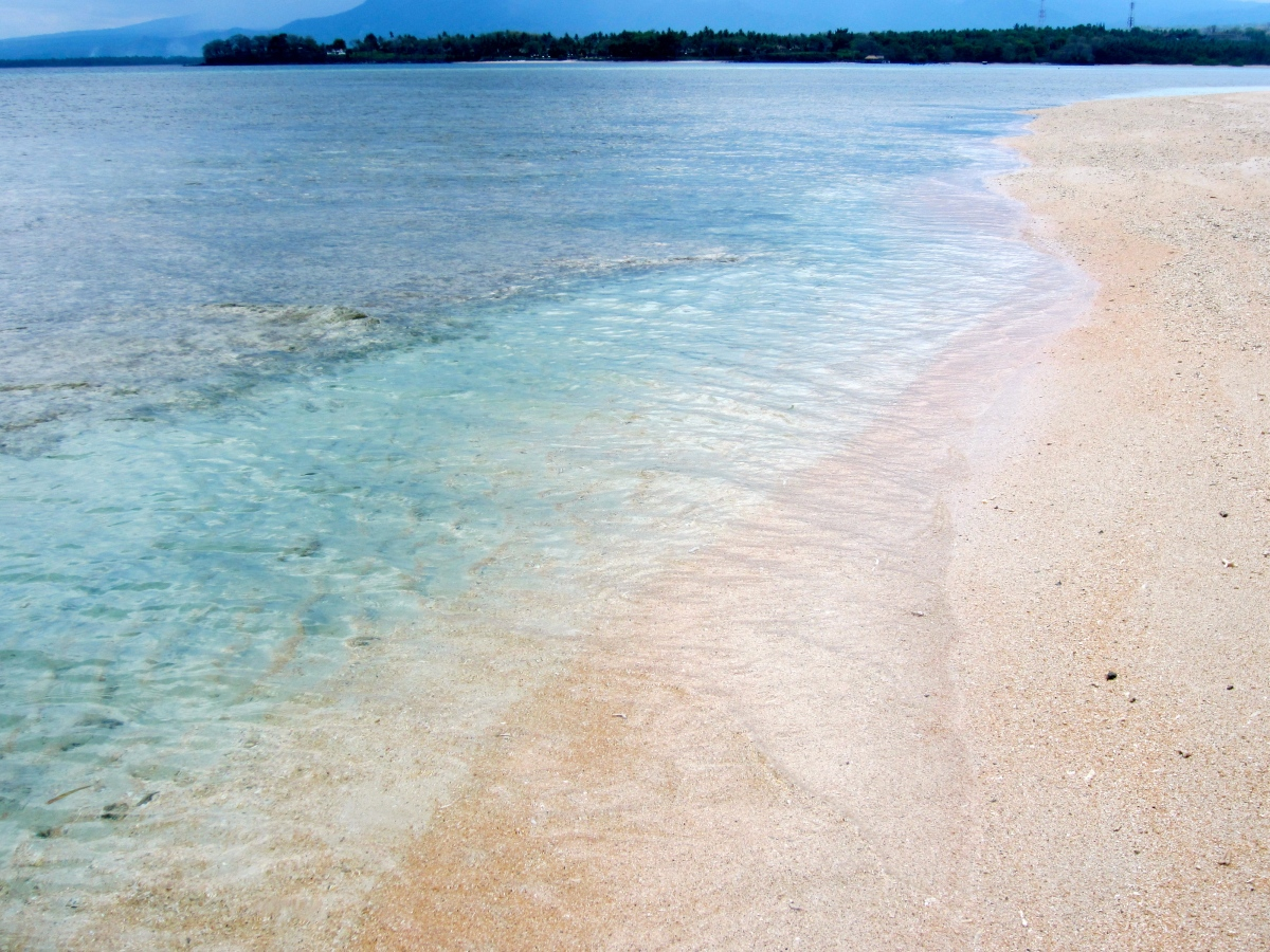 Lombok Shades of Blue Water